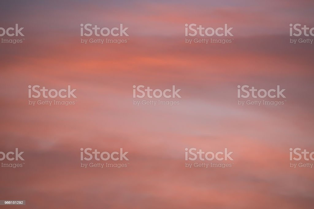 Dramatic sunset and sunrise sky with pink clouds - Стоковые фото Атмосфера события роялти-фри