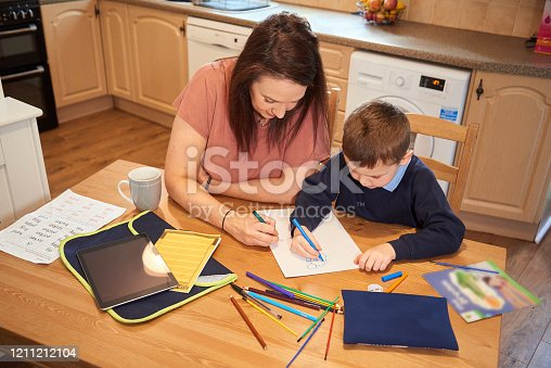 858130938 istock photo Drawing homework pictures 1211212104