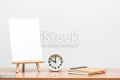 istock Drawing on Easel 619387326