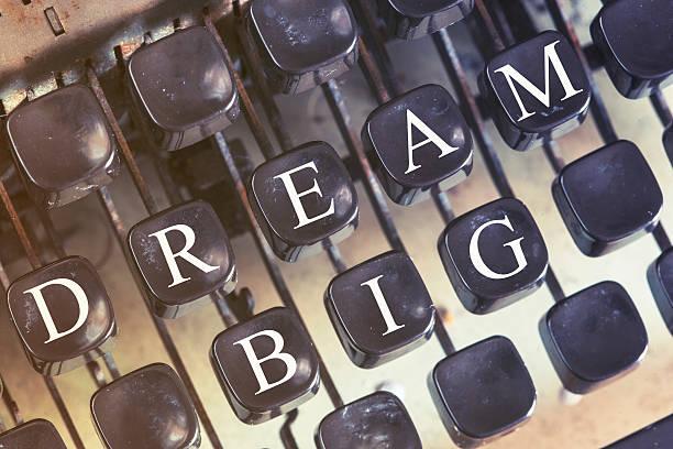 dream big message - bedeutungsvolle zitate stock-fotos und bilder