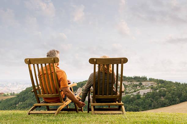 träumen the future together - ferienpark stock-fotos und bilder