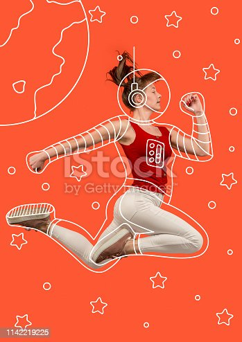 istock Dreaming to explore space 1142219225