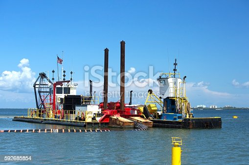 istock Dredging on the West Coast of Florida 592685854
