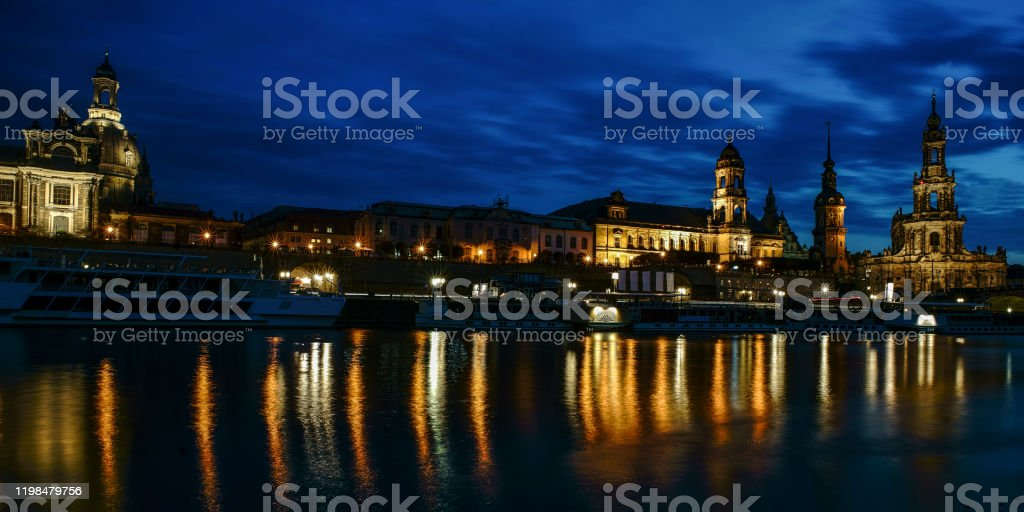 Dresden nacht - Lizenzfrei Abenddämmerung Stock-Foto
