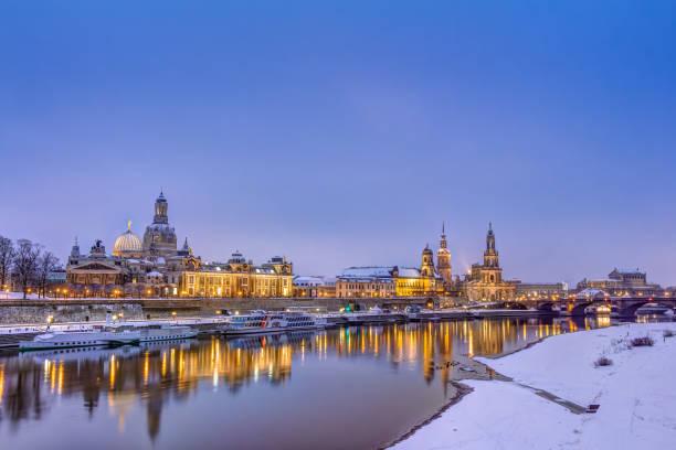 Dresden skyline in winter – Foto