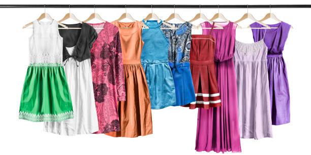 kleider auf wäschetrockner - abendkleid lang blau stock-fotos und bilder