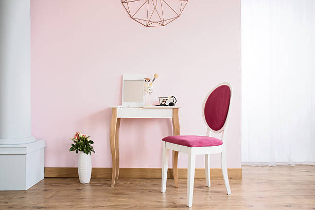 dressing table and upholstered chair - wandspiegel weiß stock-fotos und bilder