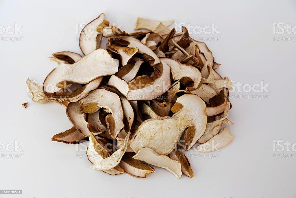 Secado cep porcini perfecto para un risotto ai funghi - foto de stock