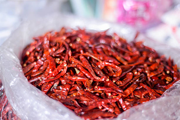 dried chilli (condiments for cooking) - laos lebensmittel stock-fotos und bilder