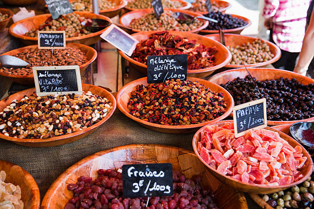 dried foods at market - foto de stock