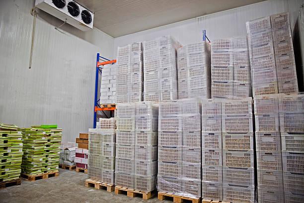trockenobst aufbewahrungsmöglichkeit - kühlraum stock-fotos und bilder
