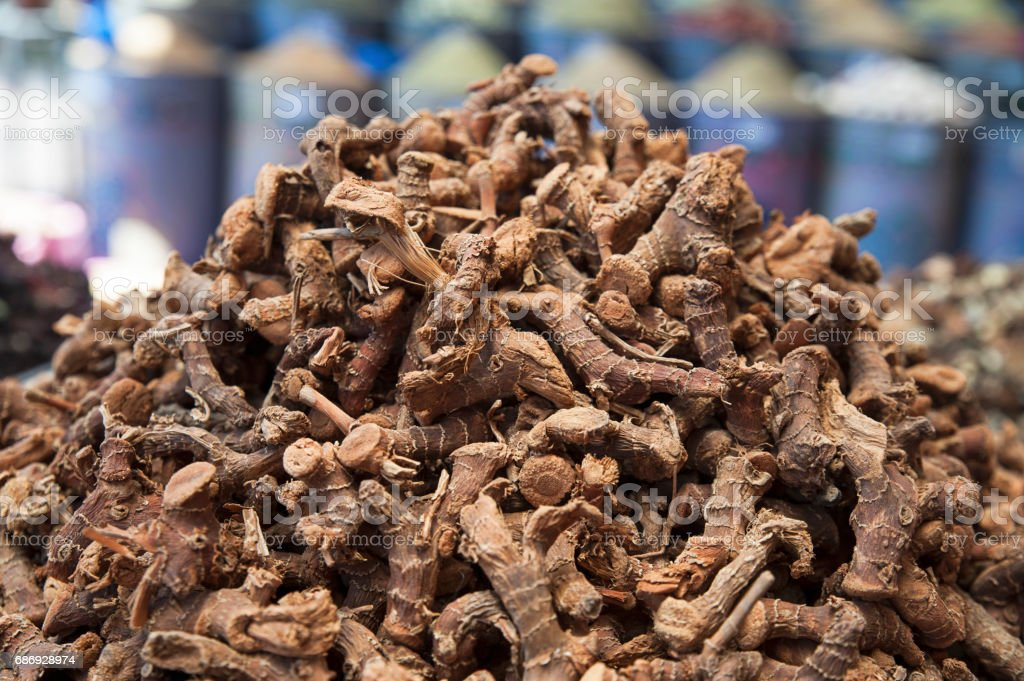 Dried ginseng roots - foto de stock