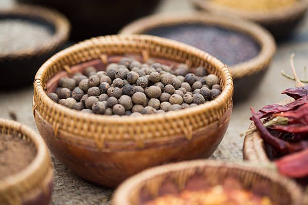 Juniper frutos secos - foto de stock