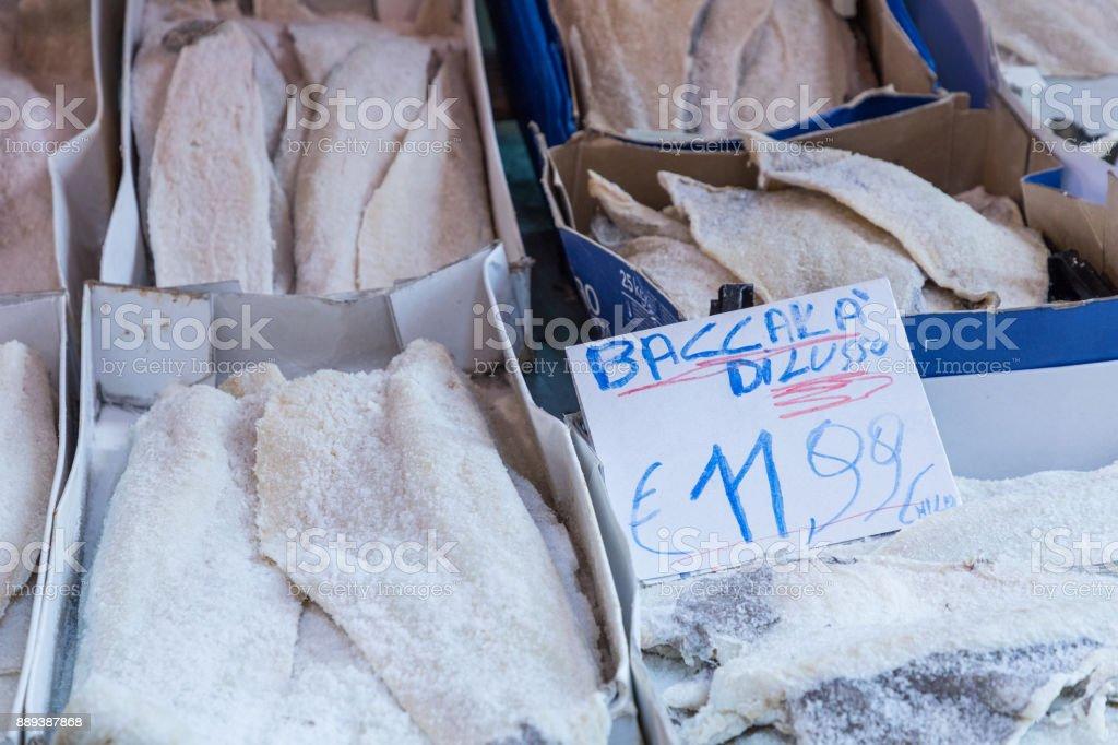 Séché bacalhau poisson morue salée au marché traditionnel de Palerme, en Sicile, Italie. - Photo