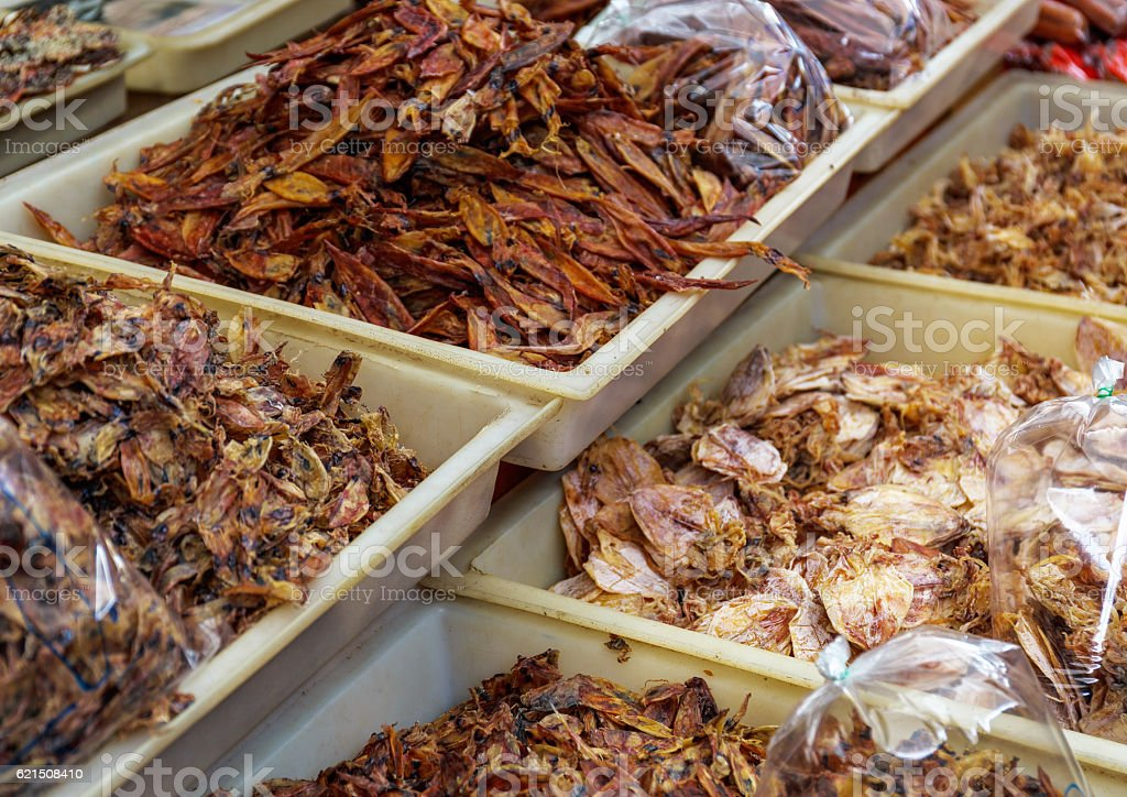 Dried squid in a food market foto stock royalty-free