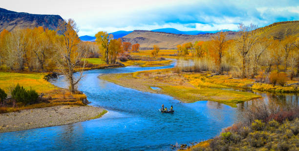 drift fishing river valley - montana western usa stock pictures, royalty-free photos & images
