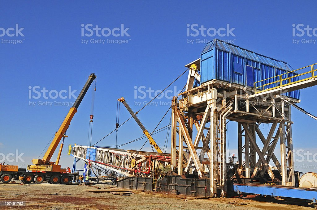 Drilling rig - rigging down royalty-free stock photo