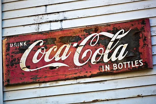 Coca Cola Getränke in Flaschen alte Werbung – Foto