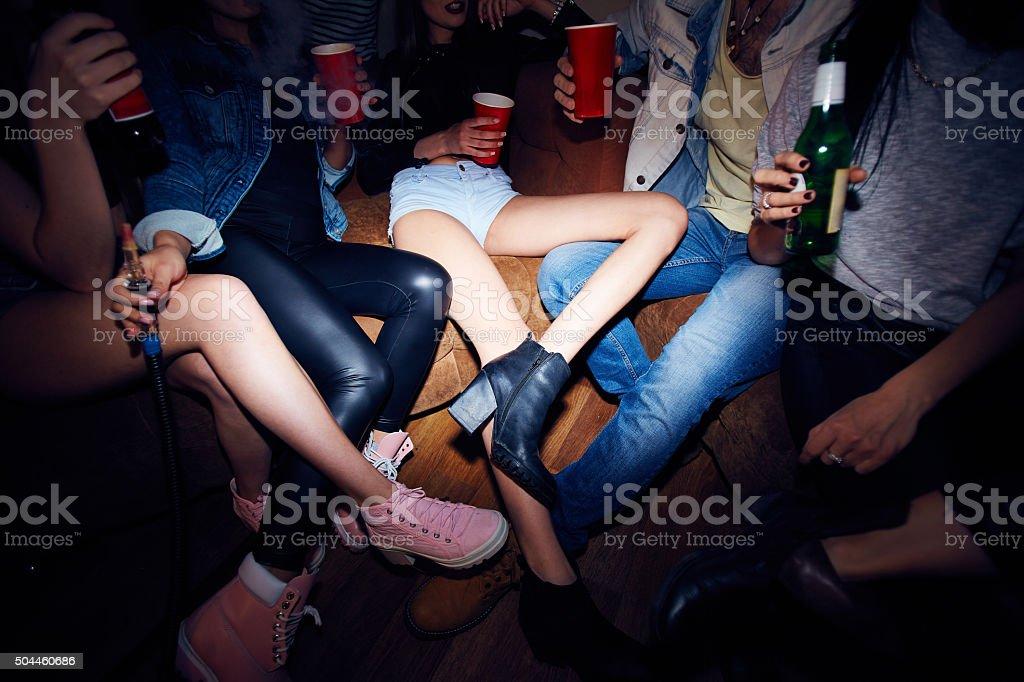 Trinken Bier im party – Foto