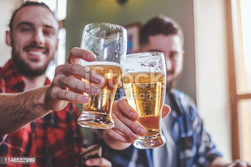istock Drinking Craft Beer 1146532999