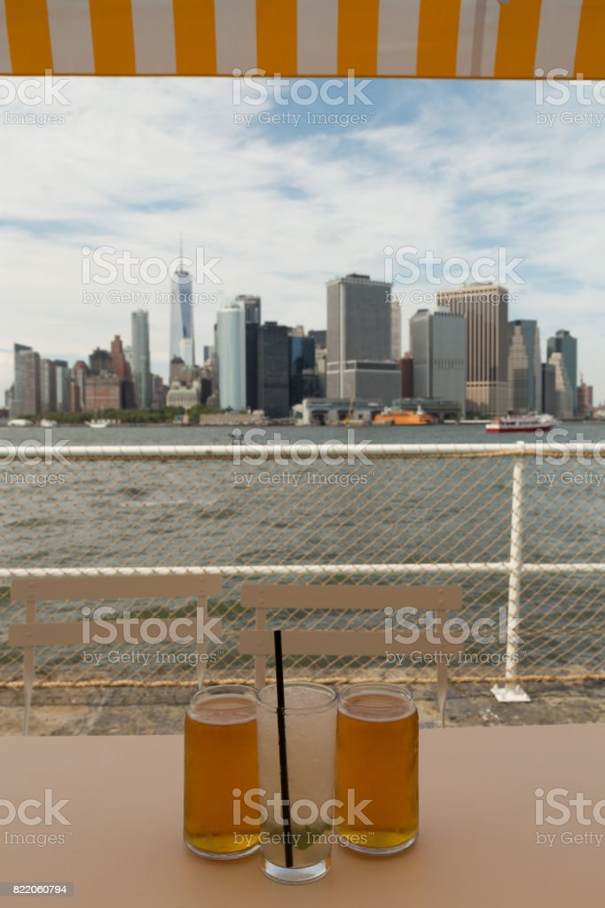 Drinks in front of the Manhatten Skyline stock photo