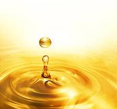 滴るの石油