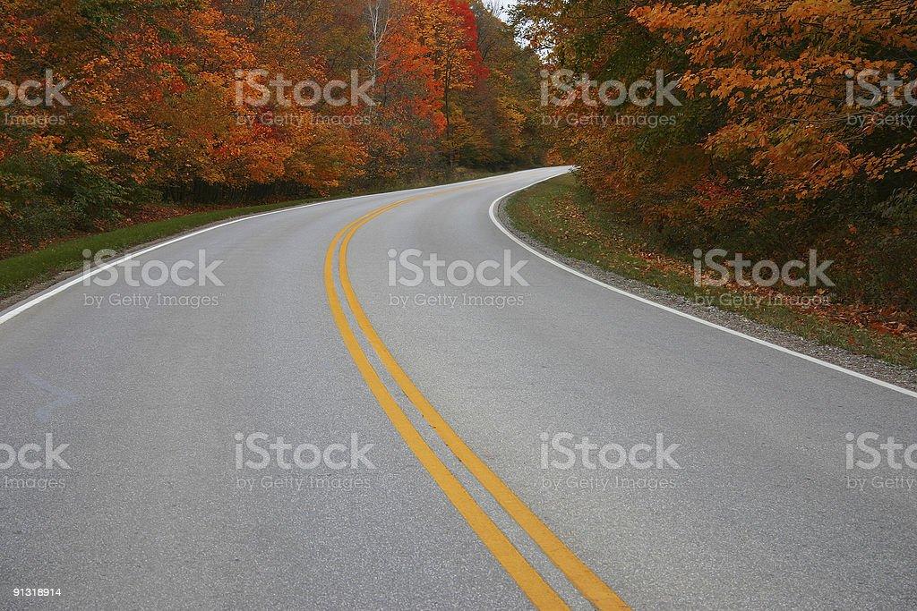 Fahren Sie in den Herbst – Foto