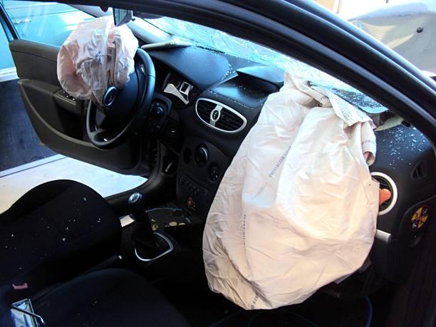 Fahrer Passagier airbags eingesetzt – Foto