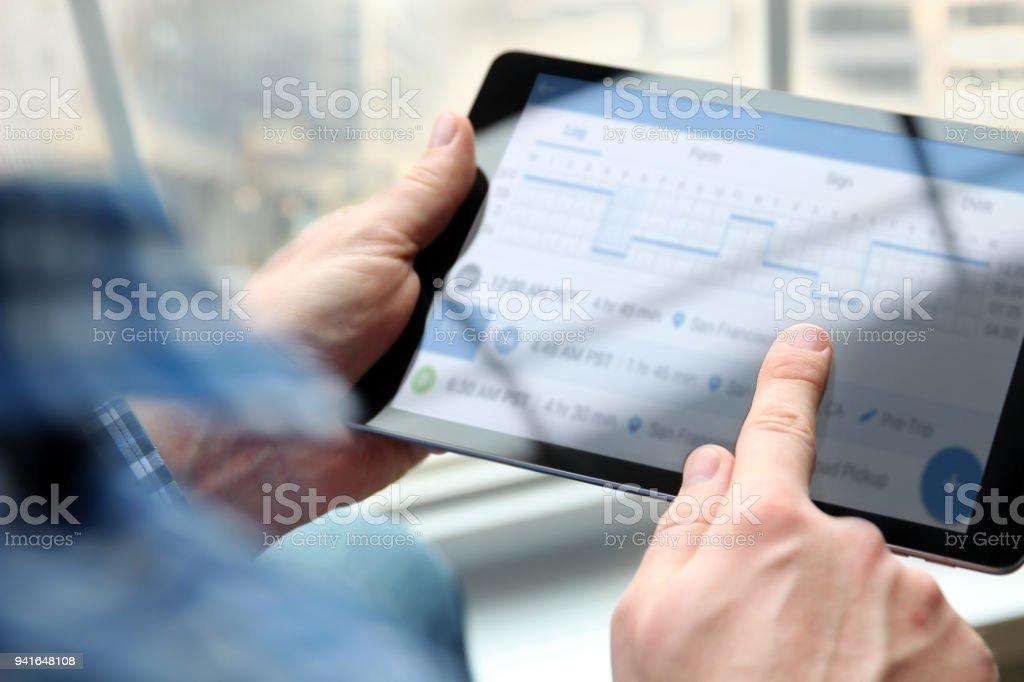 Treiber schreiben elektronische Logbücher – Foto