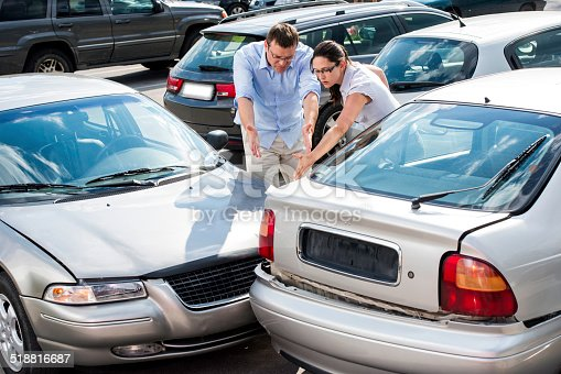 475395935istockphoto Drivers Arguing After The Accident 518816687