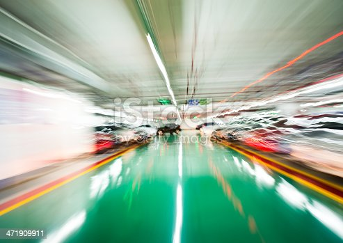 istock drive-up in motion 471909911
