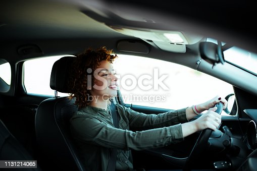 627864748 istock photo Driving around city. 1131214065