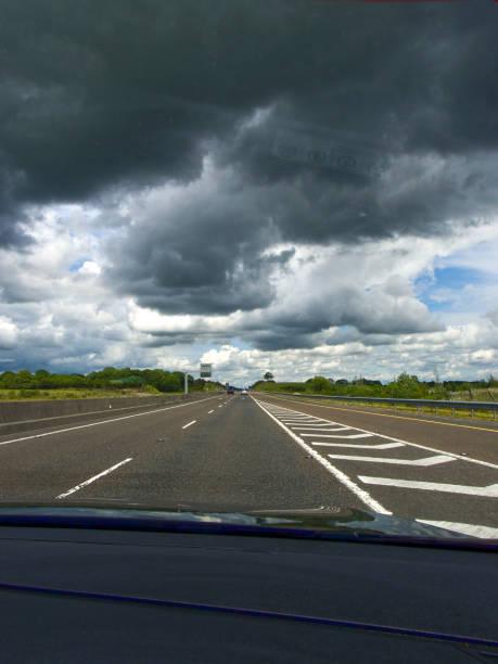 Fahren auf der Autobahn – Foto