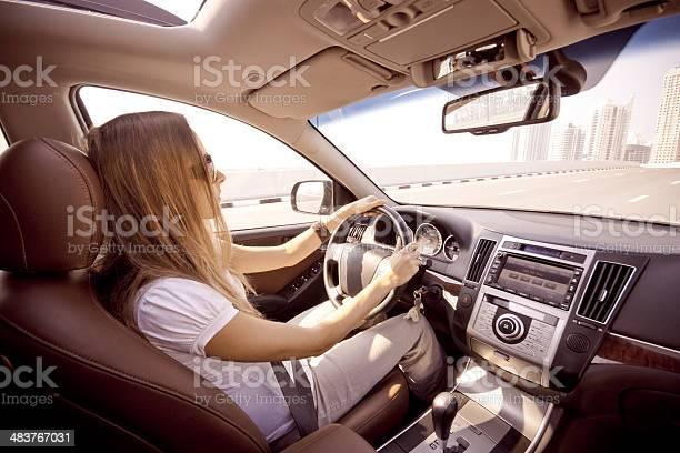 Driving Stockfoto und mehr Bilder von Auto