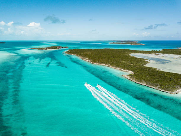 drone bird view of exuma in the bahamas. summer vaction - exuma foto e immagini stock