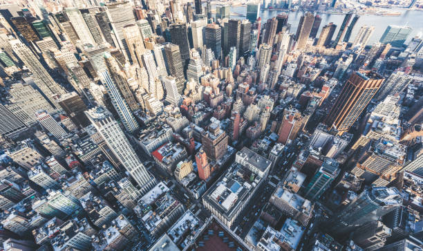 Drone Point of View of Manhattan Skyline High Angle view of Manhattan Skyline Midtown Manhattan Panorama new york state stock pictures, royalty-free photos & images