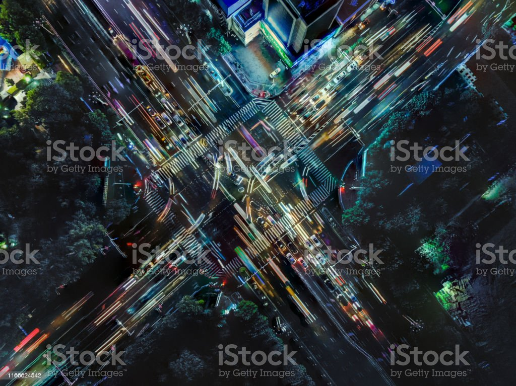 Drone Point View der City Street Crossing zur Rush Hour - Lizenzfrei Ansicht von oben Stock-Foto