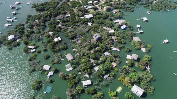 Drohne Draufsicht Nachbarschaft überflutete nach der großen Flut – Foto