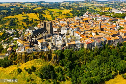 istock Drone view of walled French town of Saint-Flour with Cathedral 1277683440