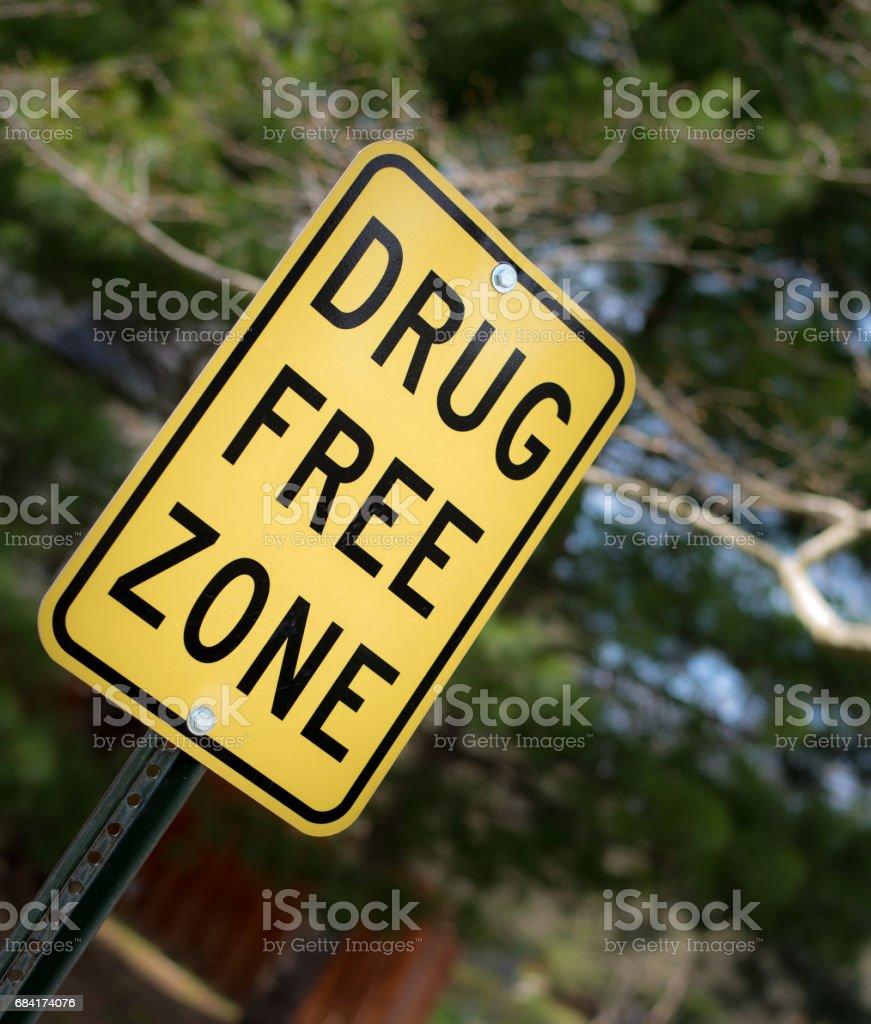 drug free zone sign zbiór zdjęć royalty-free