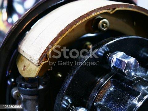 istock Drum brake and asbestos brake 1075805988