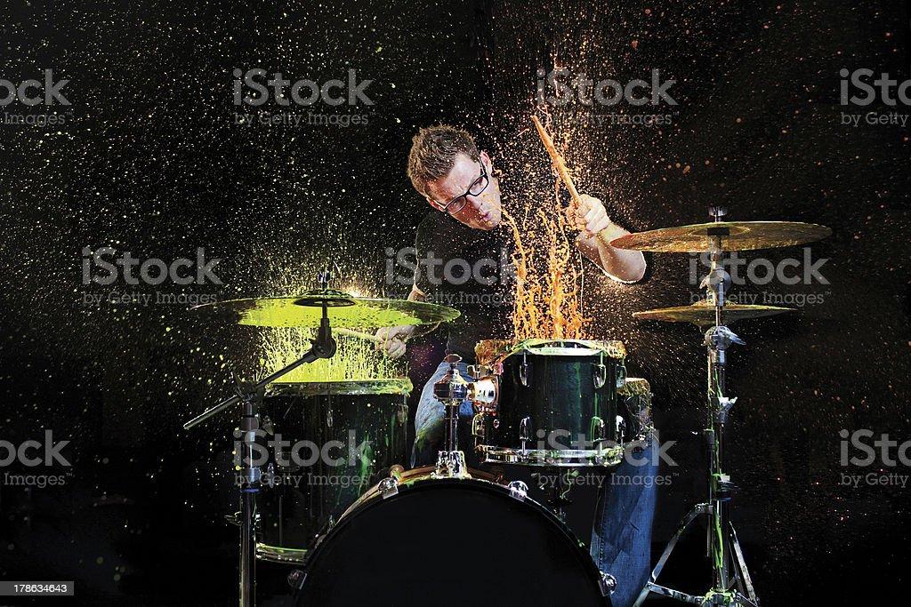Tambores e tinta - foto de acervo