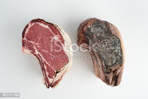istock Dry aged 60 days - Canada prime rib roast, cut open, isolate on white background 922127188