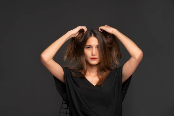 Trocken und beschädigtem Haar – Foto