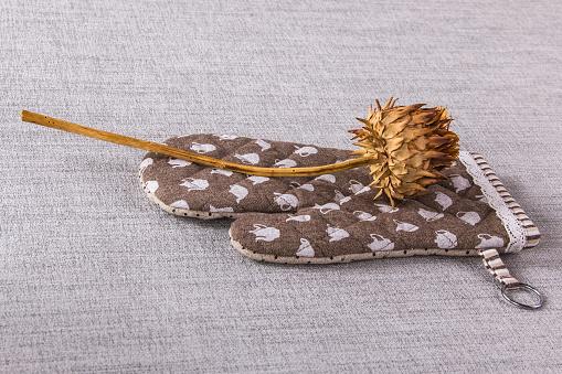 Dry artichoke on the linen
