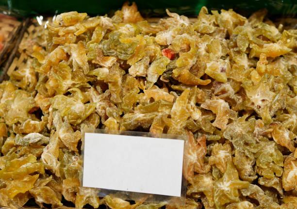 fruta de carambola seco en el mercado - gangrena fotografías e imágenes de stock