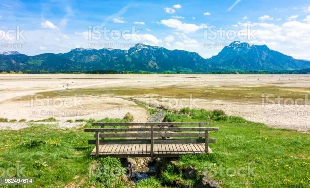 Foto de Lago Seco Forggensee e mais fotos de stock de Alemanha