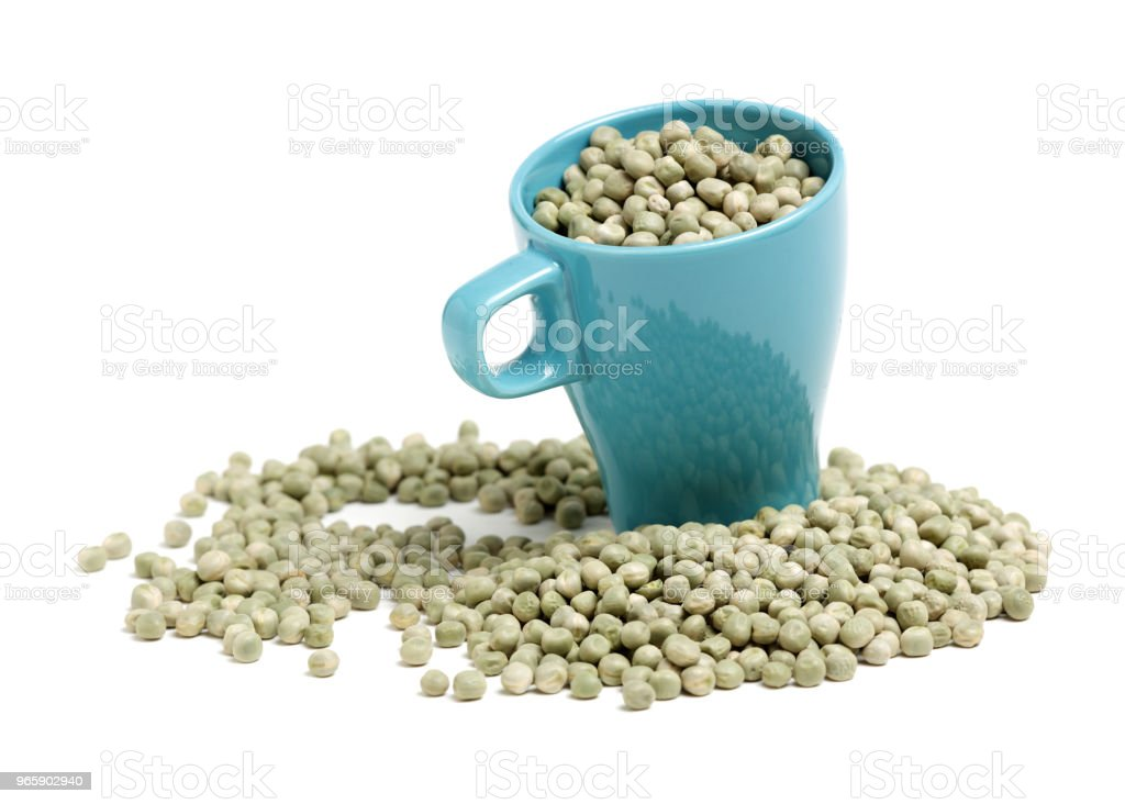 Dry green peas isolated on white background - Royalty-free Agricultura Foto de stock