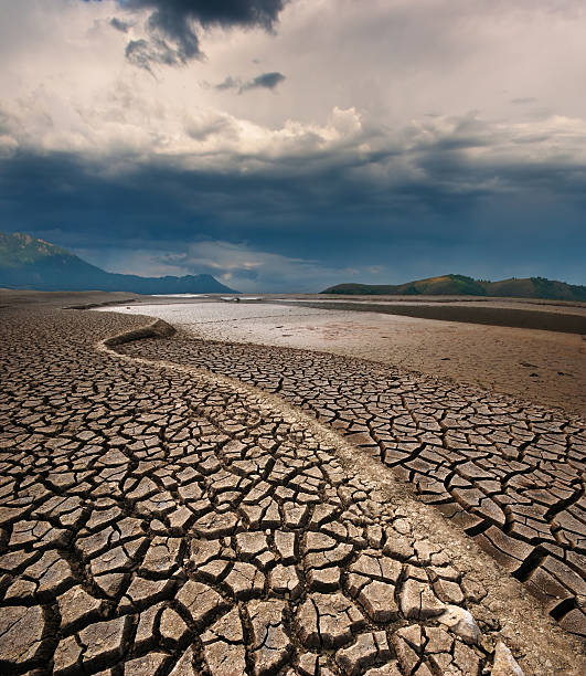 Dry lake bed Dry lake bed riverbed stock pictures, royalty-free photos & images