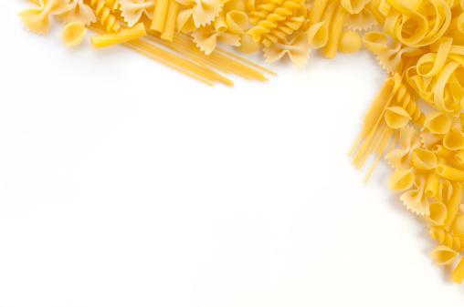 Secar La Pasta Foto de stock y más banco de imágenes de Alimento